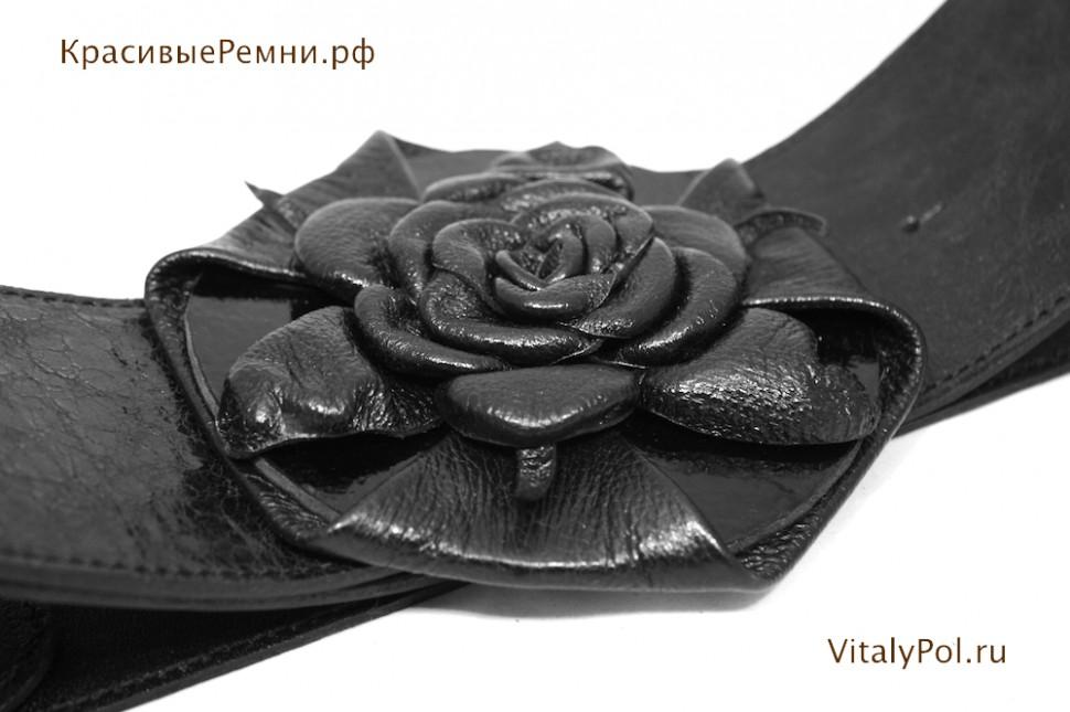 Ремень широкий кожаный с пряжкой-цветком. Черный.