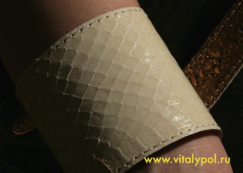 Как сделать браслет из кожи змеи